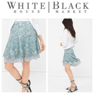 🦄 White House Black Market Paisley Flirty Skirt
